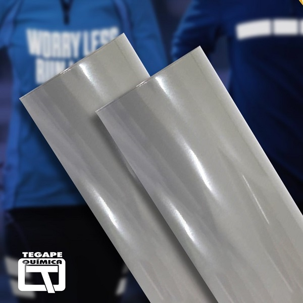 Dois rolos de filme de recorte refletivos na cor prata