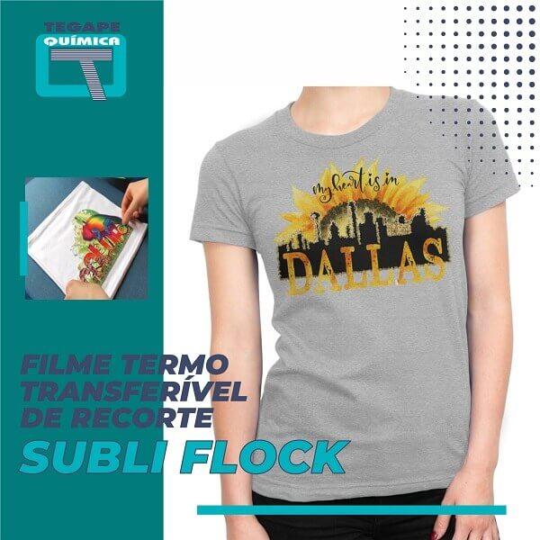 Arte em camiseta cinza com aplicação de filme recorte para sublimação Flock