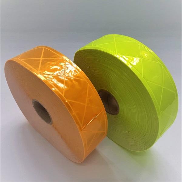 Rolos das faixas refletivas de PVC